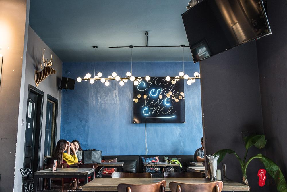 cafe-apartment1-13